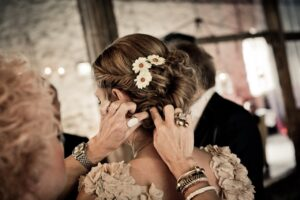 5 Most Stunning Flowers That Are Perfect For Bridal Hairstyle